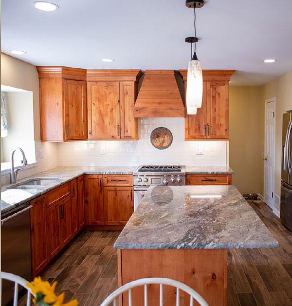 Wood & Granite Kitchen